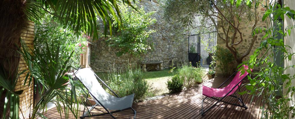 Gite olivia des amandiers en dr me proven ale olivia des amandiers charols - Petit jardin proven nimes ...