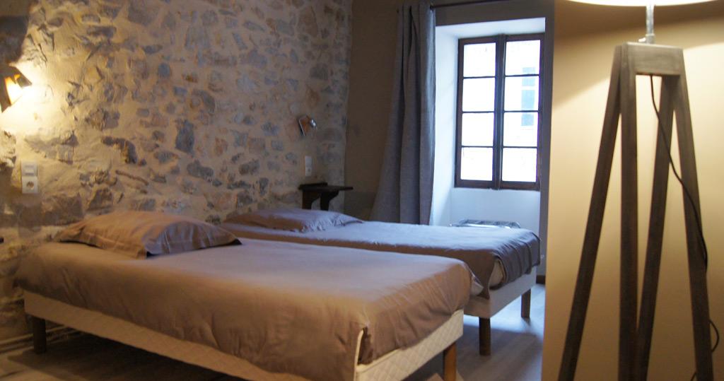 chambres l 39 auberge de la claveli re en dr me proven ale. Black Bedroom Furniture Sets. Home Design Ideas