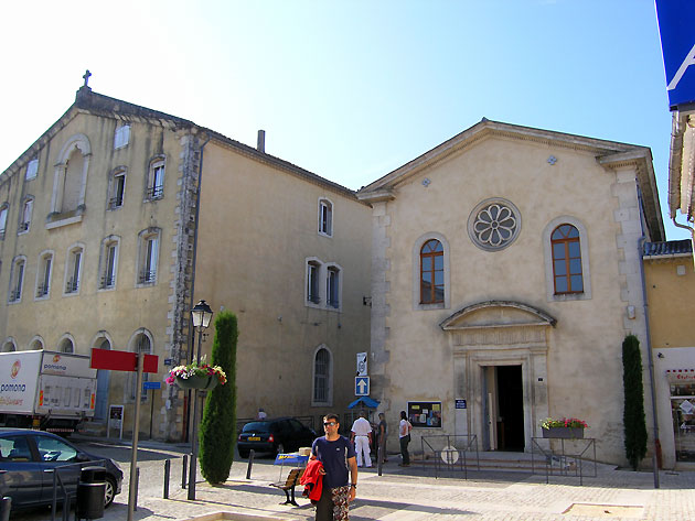 Photo chapelle de saint paul trois ch teaux for Piscine st paul trois chateau