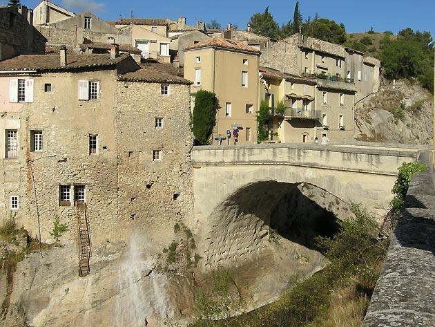Photo le pont romain de vaison la romaine - Vaison la romaine office de tourisme ...