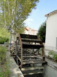 roue du moulin de maillane