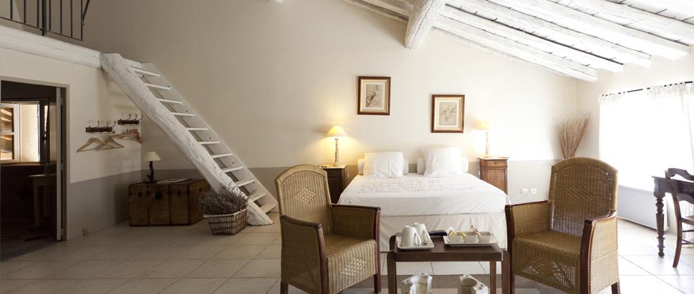 Suite fontbelle camere di ospiti ed gite d 39 incanto tra avignone e arles domaine de fontbelle - Camere da letto con soppalco ...
